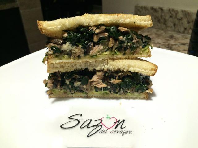 sandwich de espinacas con atún