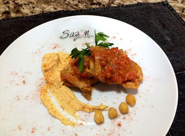 Pollo con humus