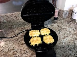 queso wafflera